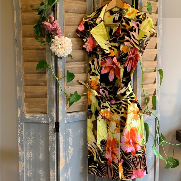 Cache Bold tropical shortsleeve trench style dress